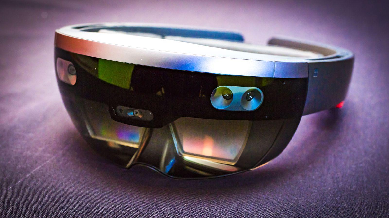 HoloLens Development Tutorial Using Javascript